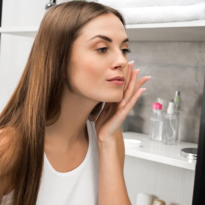 uroda-plus-joanna-maskulak-salon-urody-salon-kosmetyczny-mikrodermabrazja-przygotowanie-do-zabiegu-pabianice
